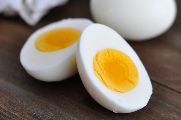 Có nên ăn trứng ngỗng khi mang thai không?